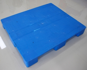新乡九脚平板塑料托盘